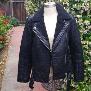 FOREVER 21 faux leather jacket size Medium